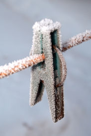 Hoarfrost on clip for dry